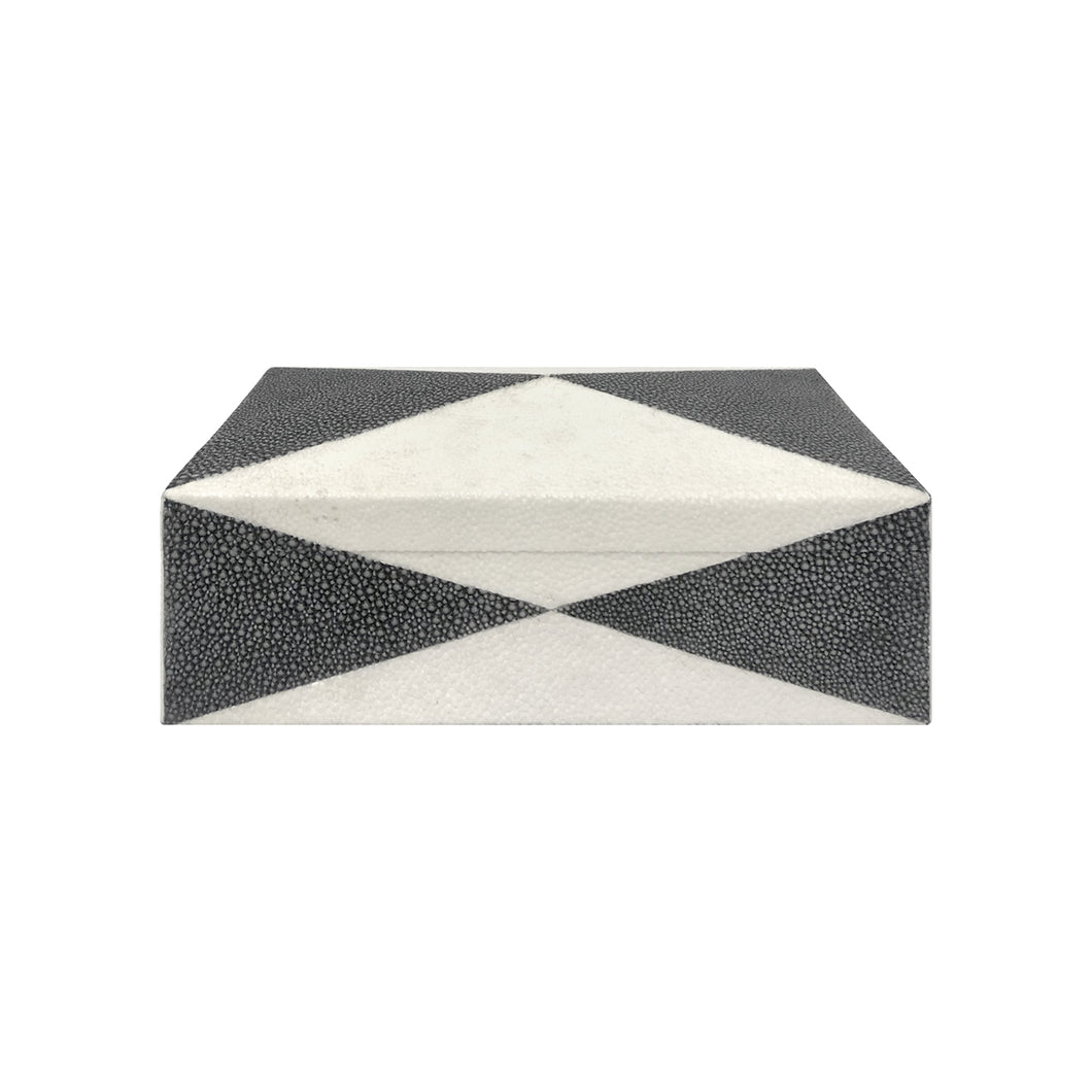 HANDMADE BLACK AND IVORY SHAGREEN BOX - Flair Home Collection