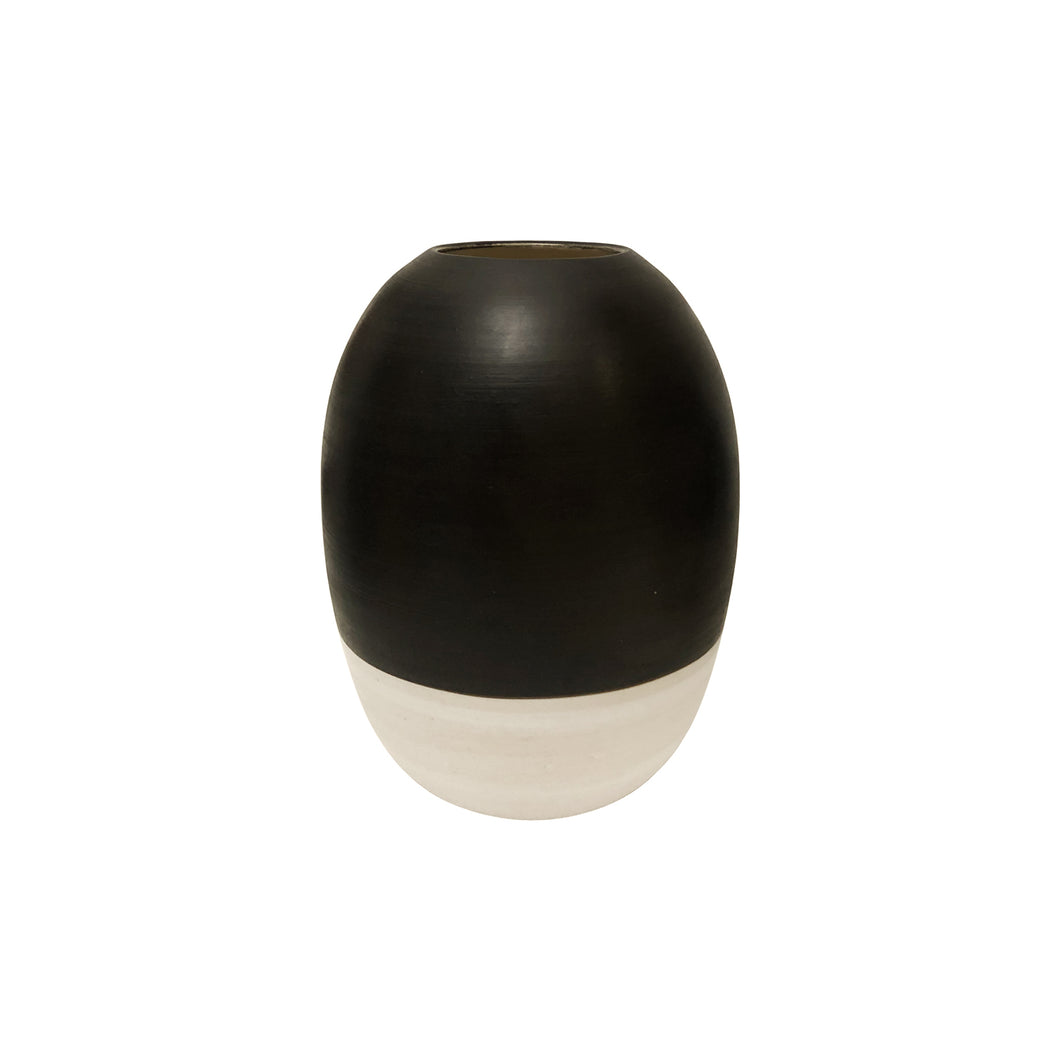 TALL CURVED CERAMIC VASE WITH HIGH CONTRAST GLAZE - Flair Home Collection