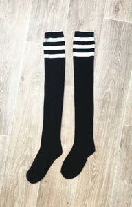 BLACK THIGH HIGH SOCKS WITH WHITE STRIPE