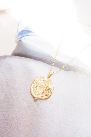 Magic ray necklace
