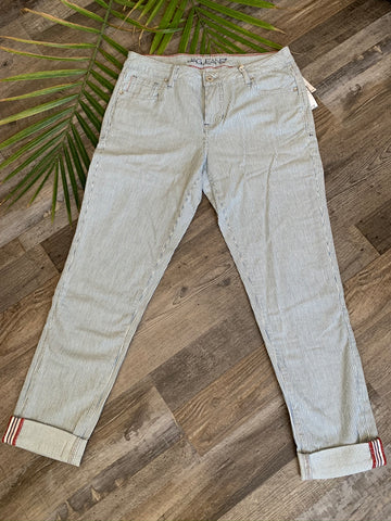 Jag Jeans Carter Girlfriend Bleach Wash