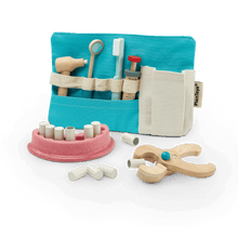 Load image into Gallery viewer, PlanToys Dentist Set