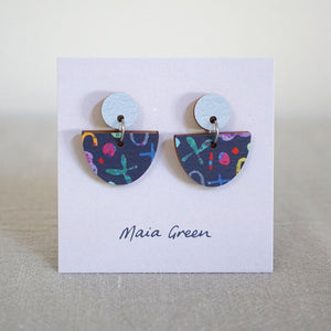 Chill Out - Wooden artwork earrings - Maia Green