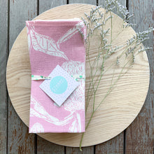 Load image into Gallery viewer, Banksia Napkin Set - Pink