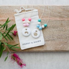 Load image into Gallery viewer, FRIENDSHIP NECKLACES KIT - Poppy & Daisy