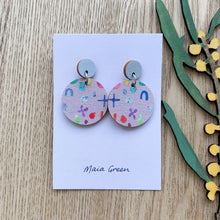 Load image into Gallery viewer, Softy - Wooden artwork earrings - Maia Green