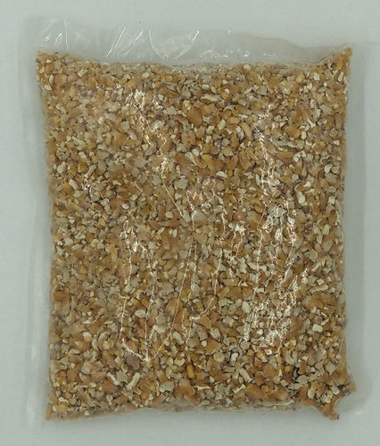 WILD ACRES CRACKED CORN 1KG - City Country Pets and Supplies