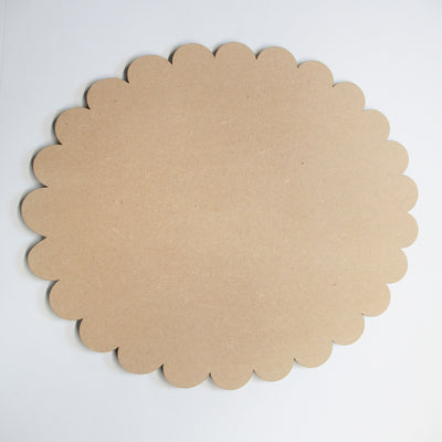 Simple Scalloped Oval