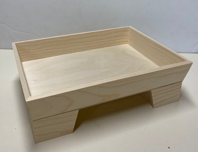 Tray with bees