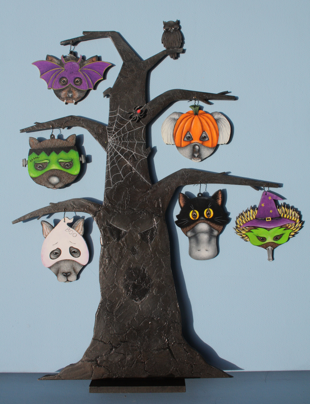Australian Halloween Tree with ornaments