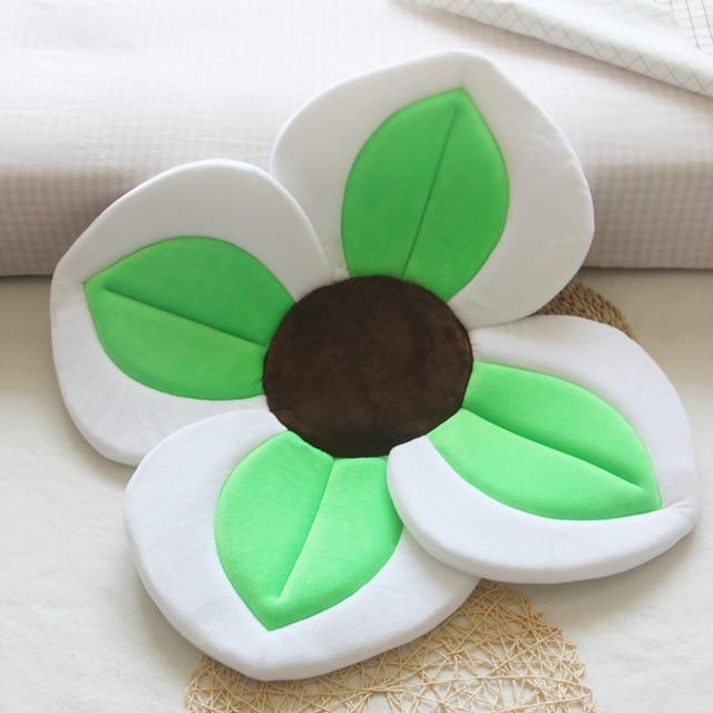 Baby Bath Flower Blooming Lotus