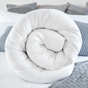 Load image into Gallery viewer, Superior Deep-Fill Autumn Duvet - 10.5 Tog