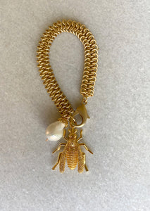 Bee and Pearl Matte Gold Bracelet
