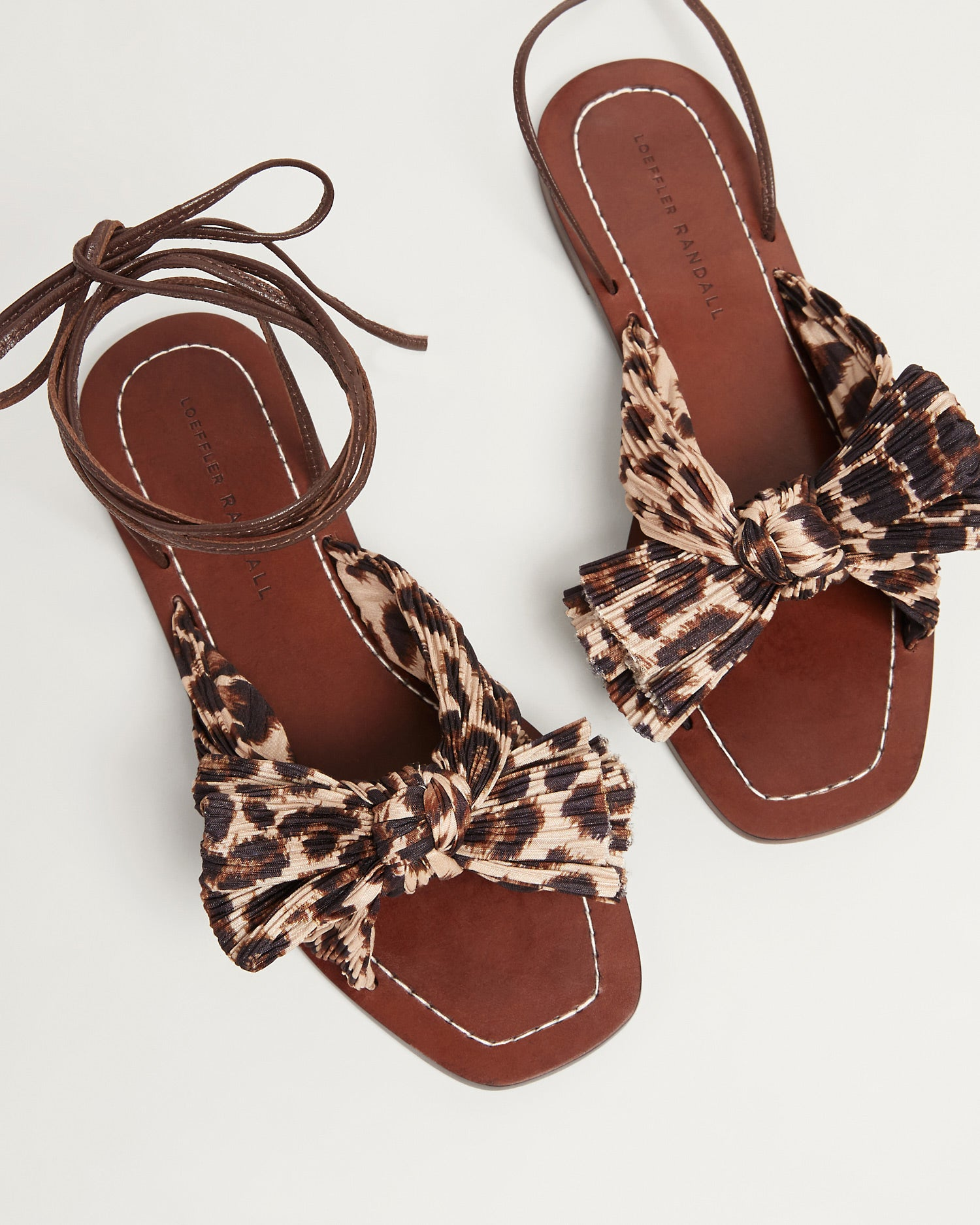 color: Chocolate Leopard; Color: Chocolate Leopard