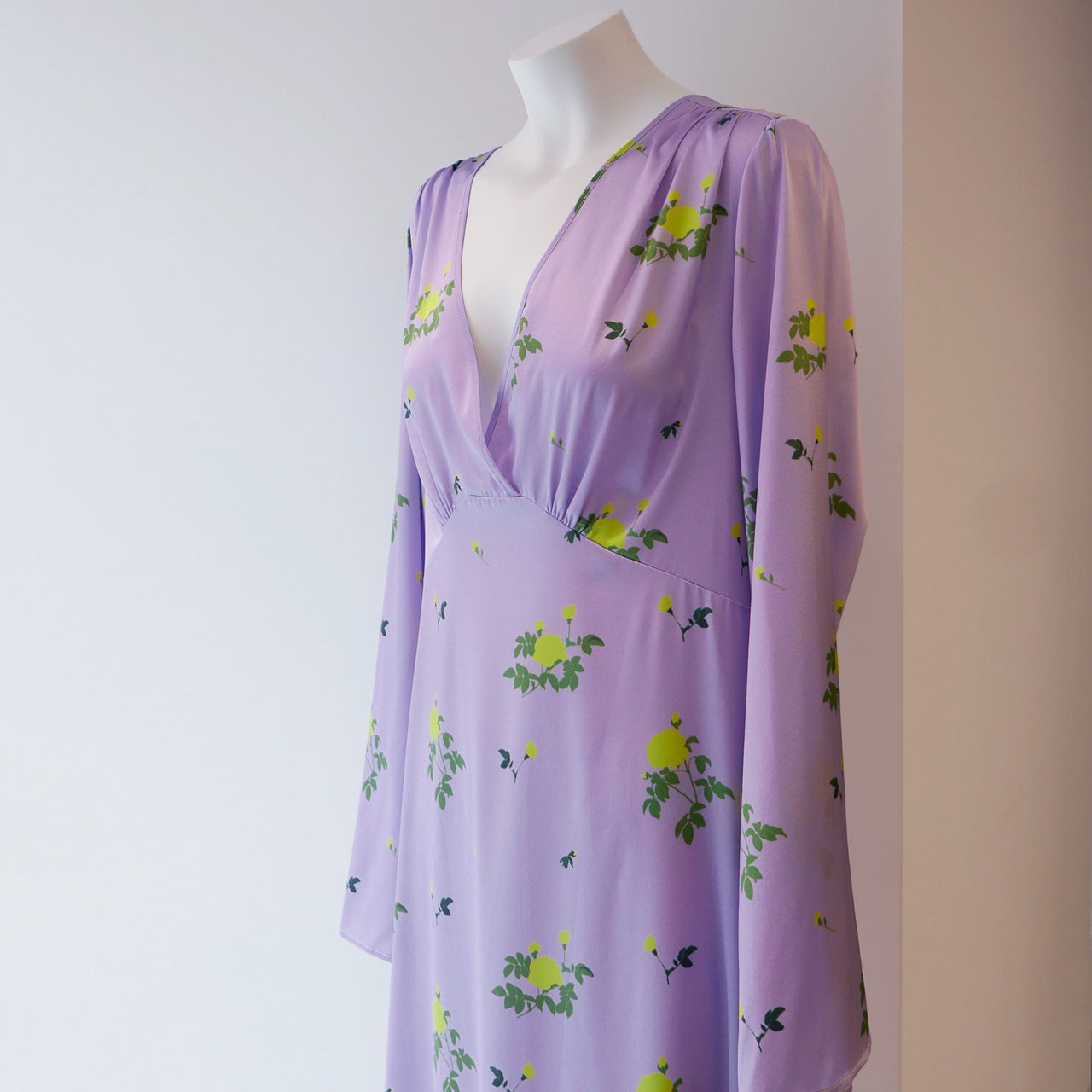 Sarah Silk Satin Dress in Lilac