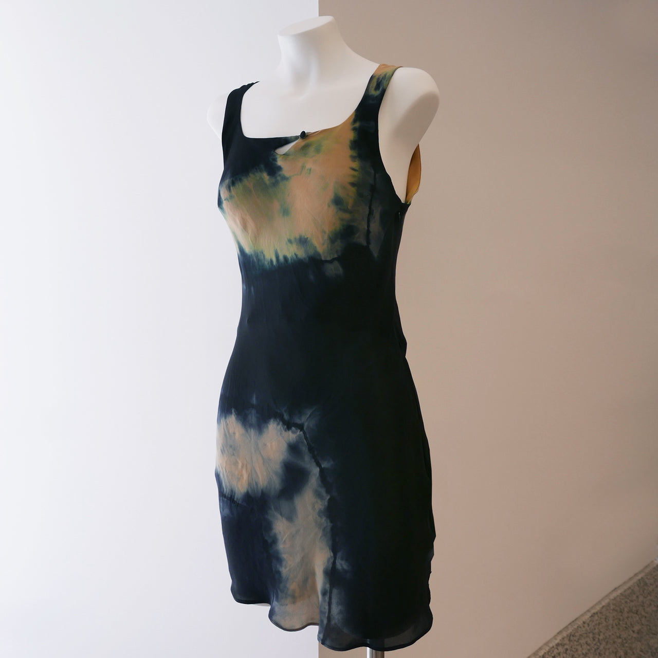 Tie Dye Button Wave Mini Dress