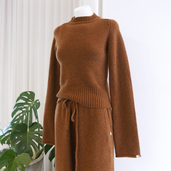 Cherie Cashmere Sweater in Rust Brown