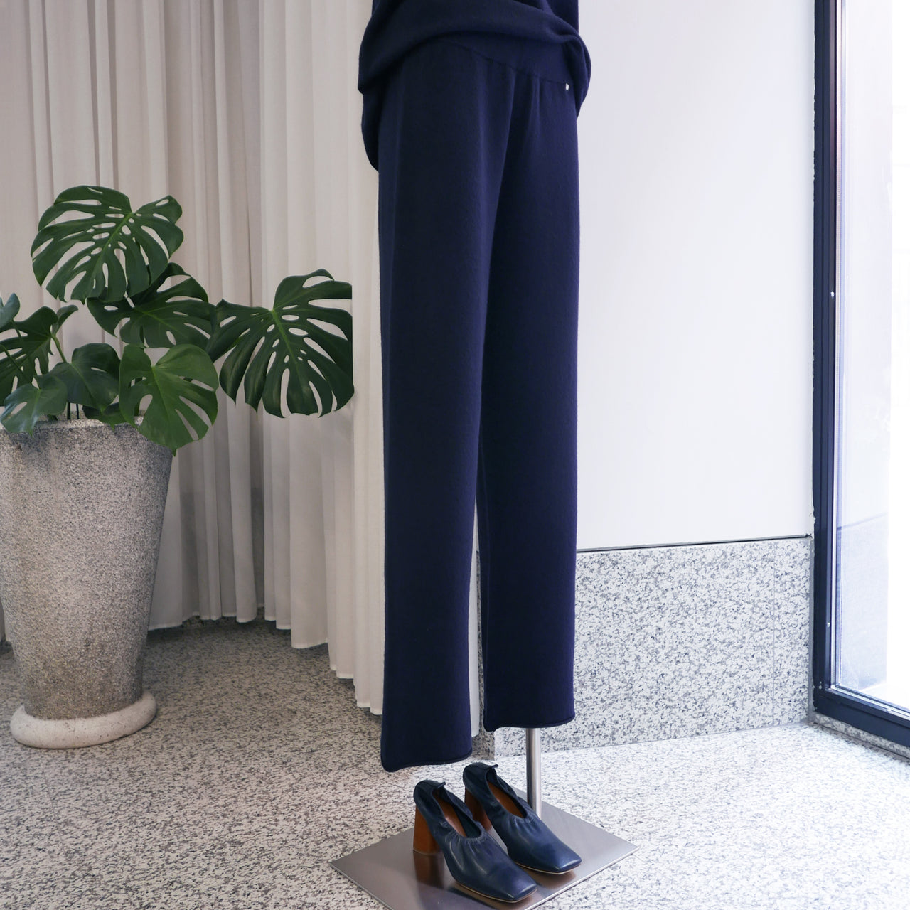 Cashmere Trousers in Navy