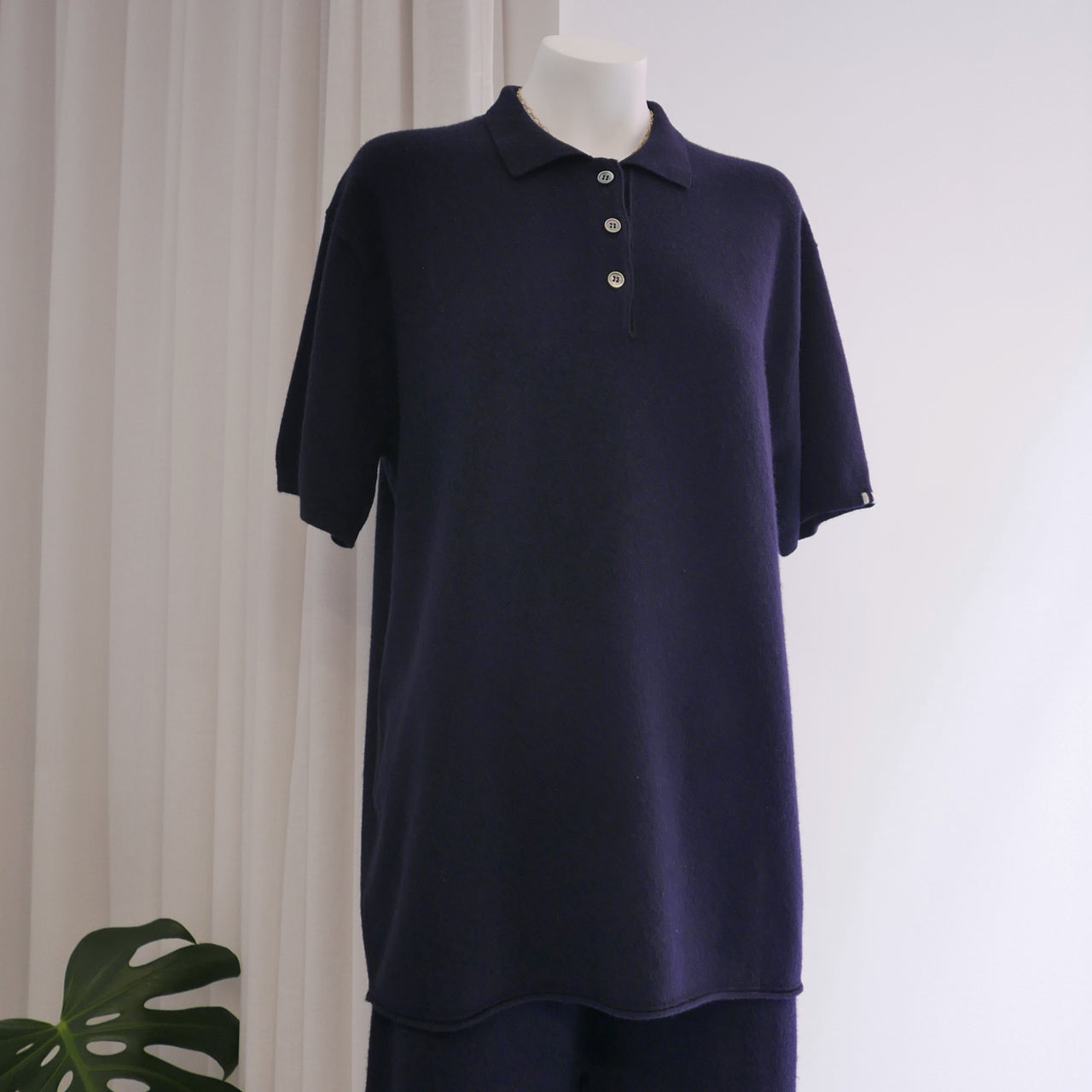 Lezard Cashmere Polo in Navy