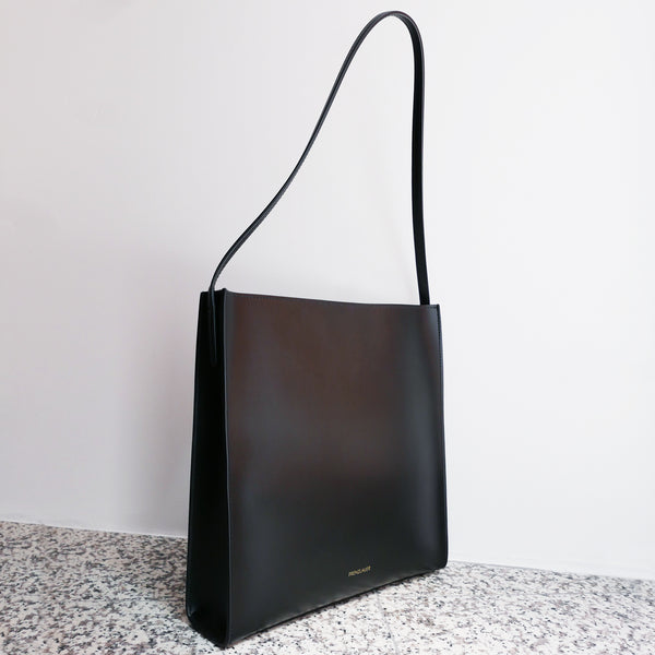 FRENZLAUER Square Bag Black