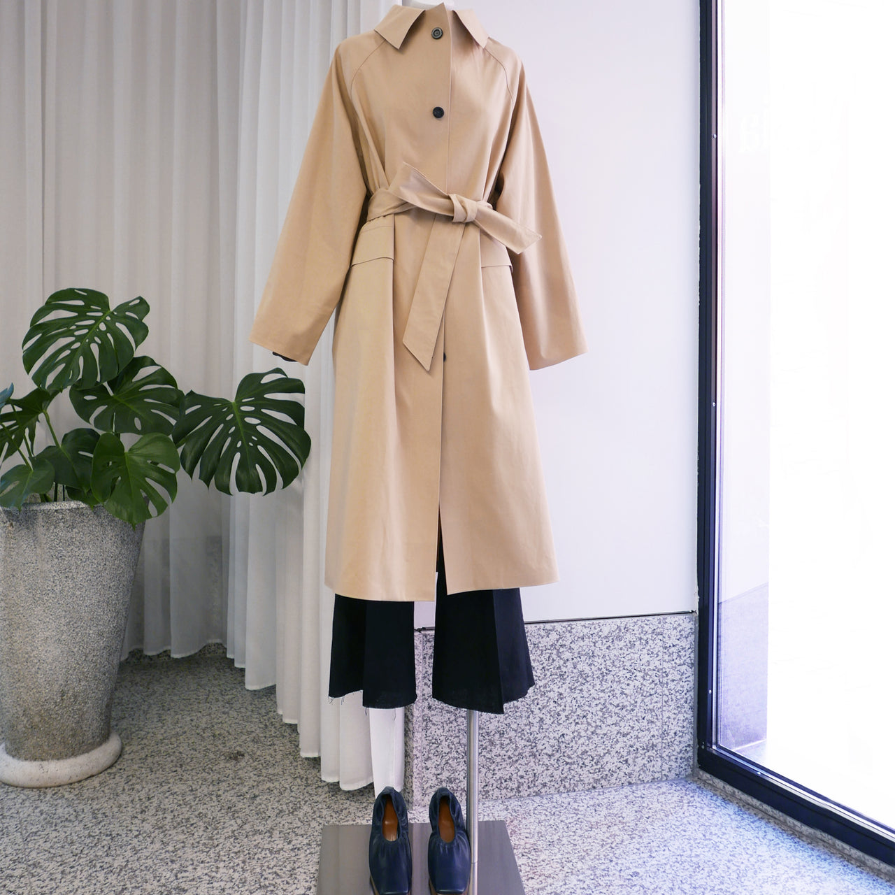 Original Below the Knee Classic Trench in Beige