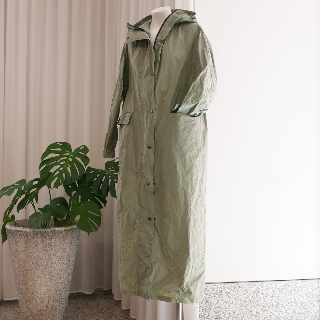 Long Tafta Coat in Green Sage