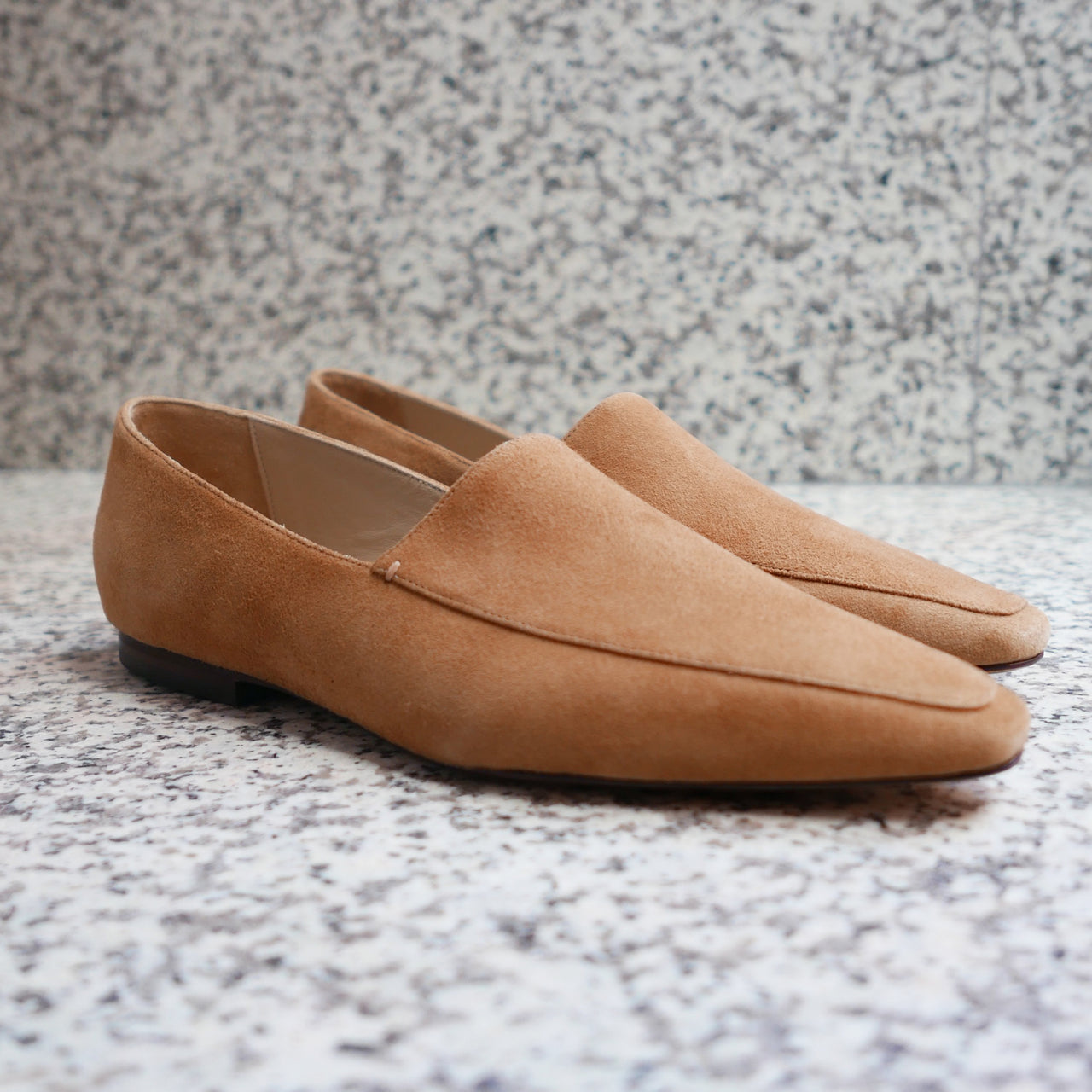 MARI GIUDICELLI Madison Loafer Suede in Tan