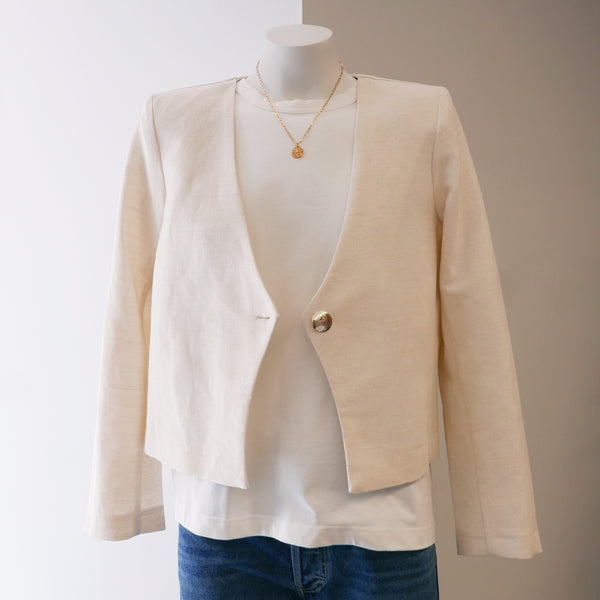 Short Linen Blazer in Natural