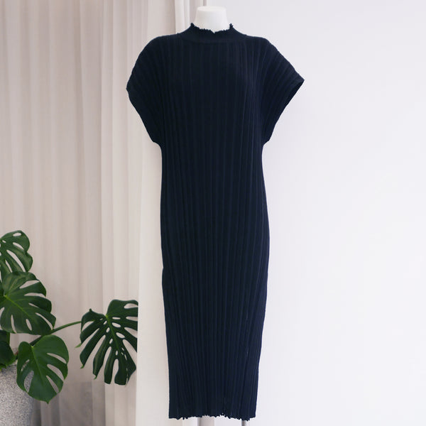 Higasa Pleated Dress in Ink