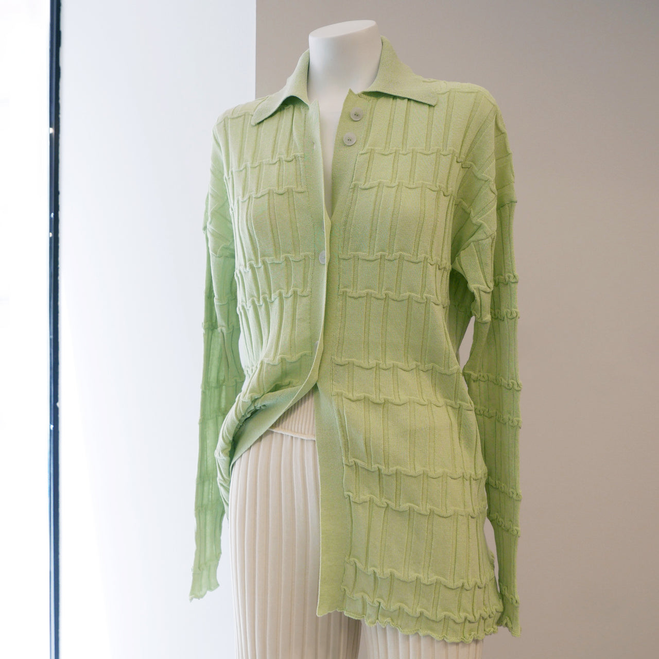 Reflet Knit Shirt in Pale Green