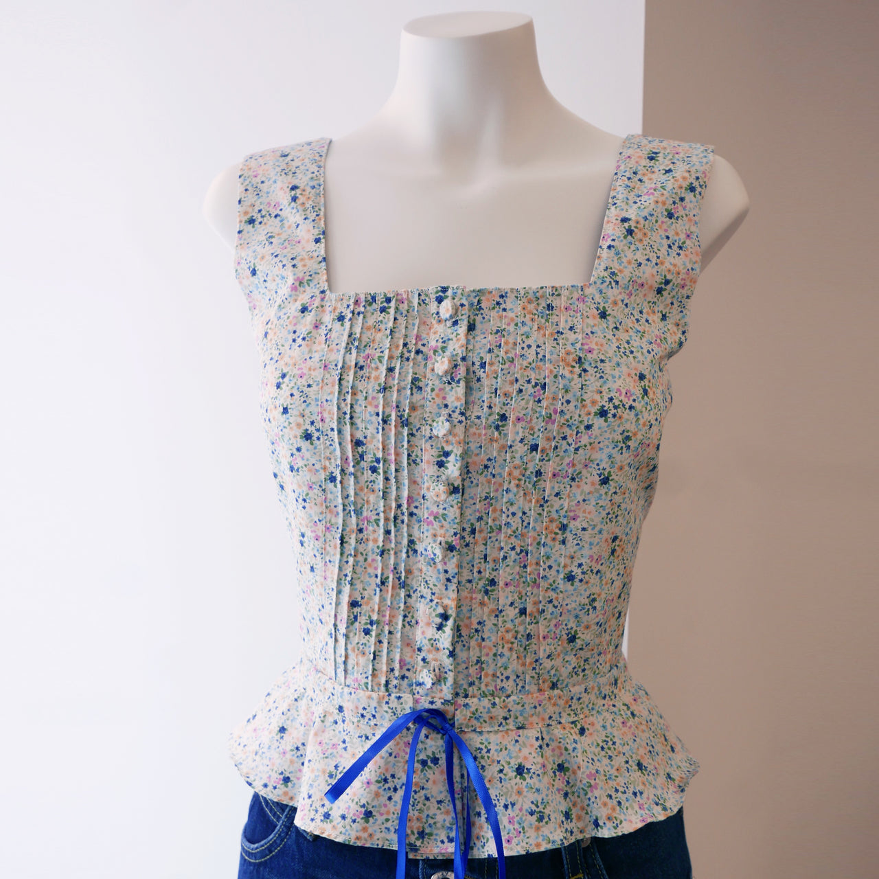 Amy Top in Blue Floral