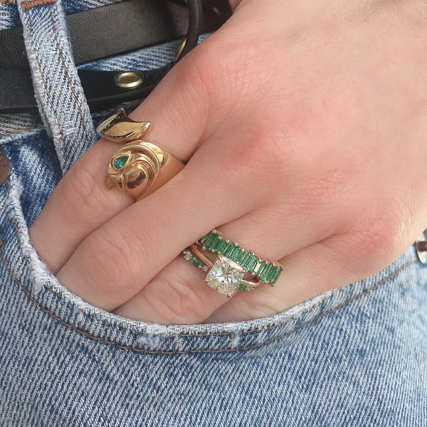 CARTIER FALCON RING WITH EMERALD EYE