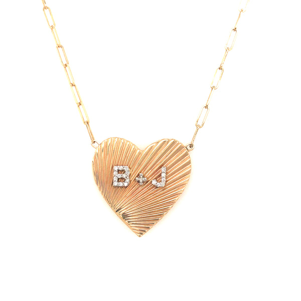 FLUTED HEART NECKLACE WITH DIAMOND INITIALS