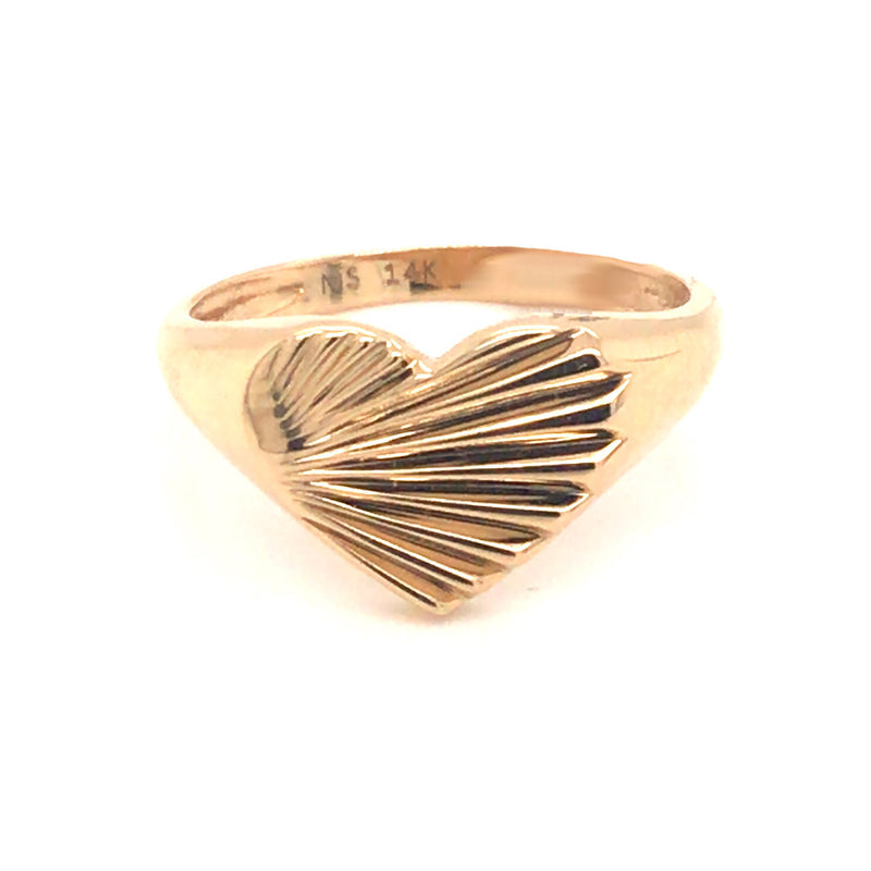 FLUTED HEART SIGNET RING