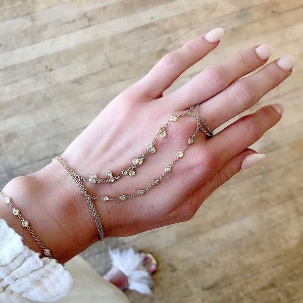 7 DIAMOND FINGER BRACELET