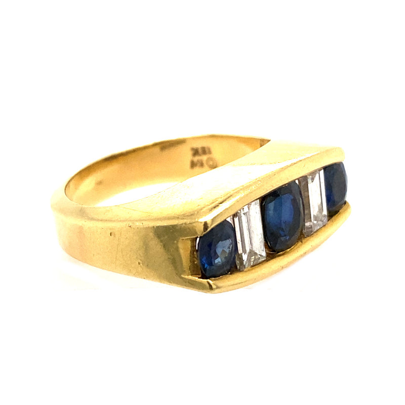 KURT WAYNE VINTAGE BLUE SAPPHIRE AND DIAMOND RING