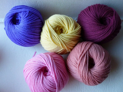 4/8 Merino DK by Quince & Co,  Mill End, No Label, 100% Wool - Felted for Ewe