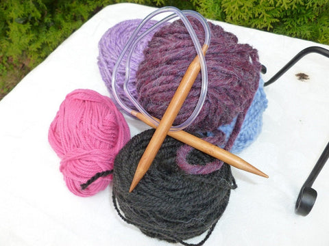16 inch Bamboo Circular Knitting Needles (0-10, 10.5  & 11) - Felted for Ewe