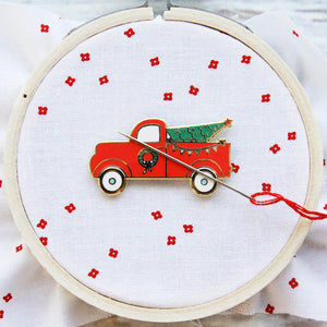 Needle Minder - Christmas Truck by Flamingo Toes