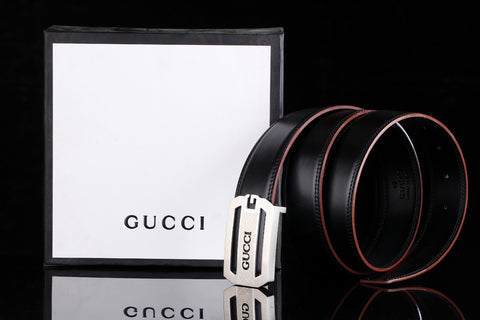 Gucci Black Leather Silver Buckle Belt
