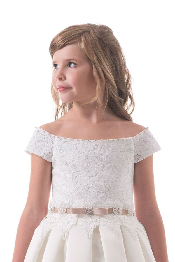 A Line Off The Shoulder Flower Girl Dresses Satin With Applique P519JNZM
