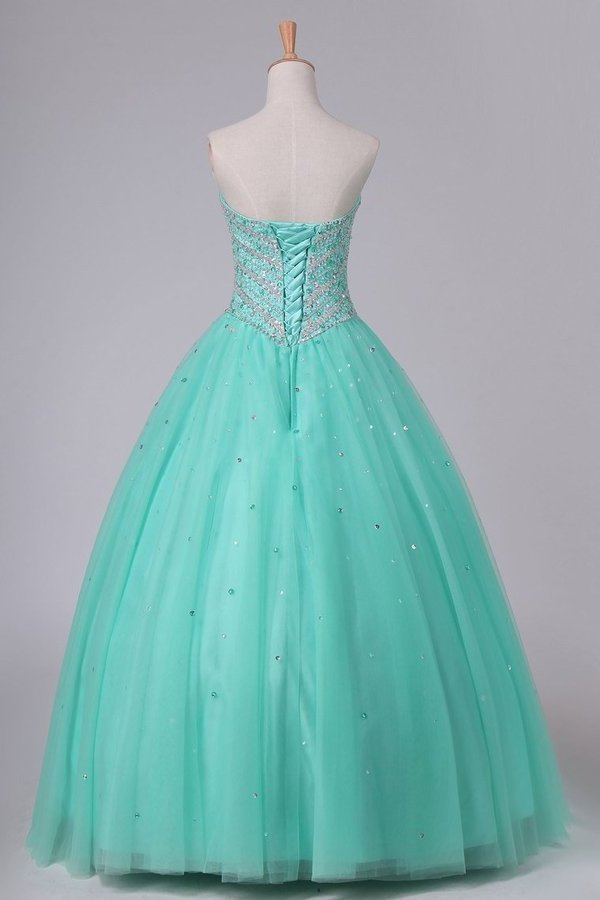 2020 Ball Gown Sweetheart Tulle Quinceanera Dresses Floor Length Lace P2MKNYYG