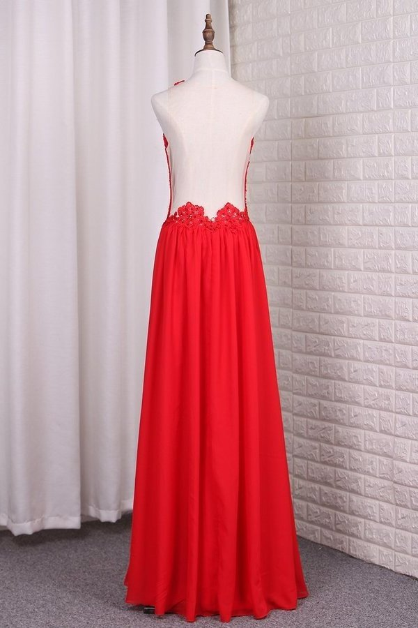 A Line Chiffon Scoop Prom Dresses With Applique PDL9QT23