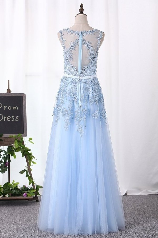 A Line Prom Dresses Scoop Tulle With Applique P4DTJ15S