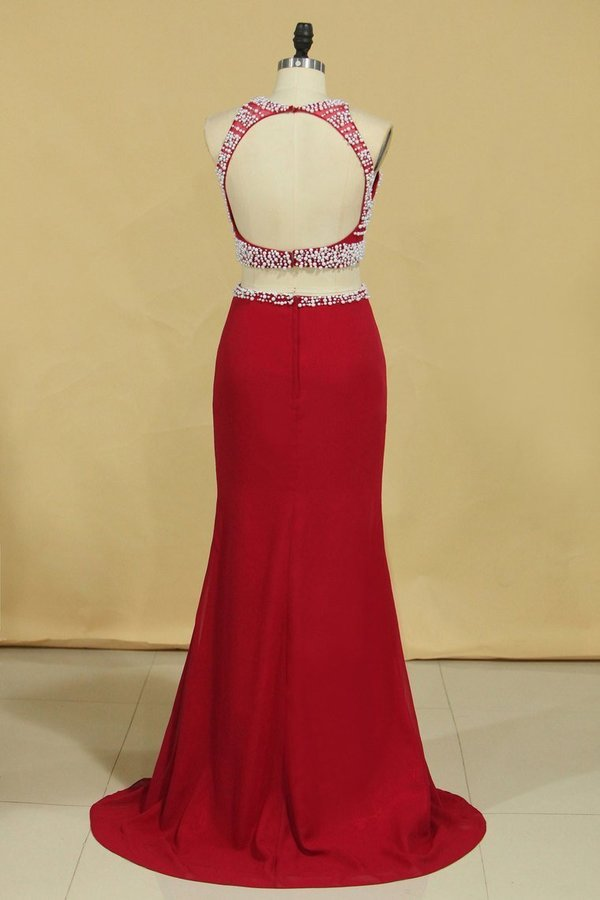 2020 Red Two Pieces Column Scoop Prom Dresses Burgundy Chiffon & Tulle With Beads PGY69K99