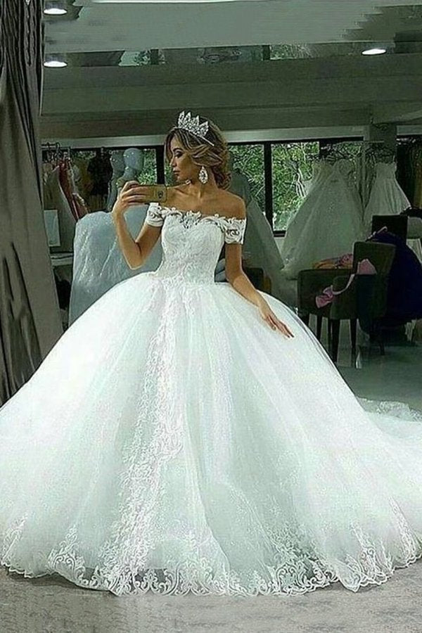 Ball Gown Wedding Dresses Boat Neck Tulle With Applique P43BQR6G