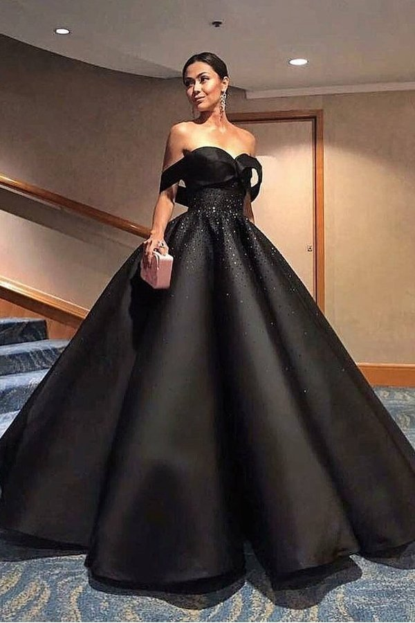 2020 A Line Off The Shoulder Prom Dresses Satin With Beading PLBSFQNX