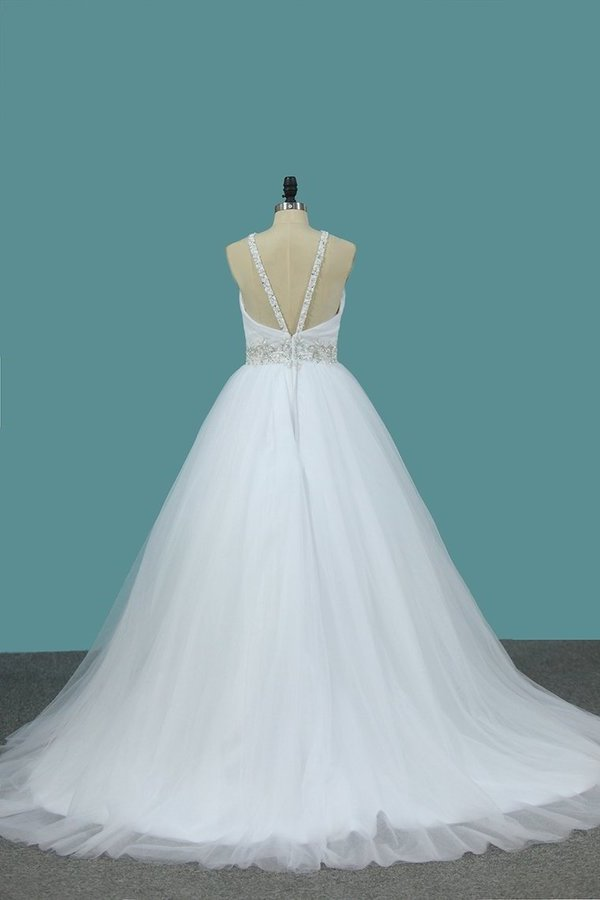 2020 A Line Wedding Dress Halter Beaded Straps And Waistline Tulle P9SZTYB7