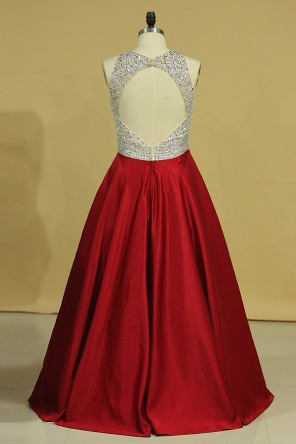 2020 Burgundy Scoop Open Back Beaded Bodice A Line Prom Dresses Satin & Tulle Plus PHTN28CY