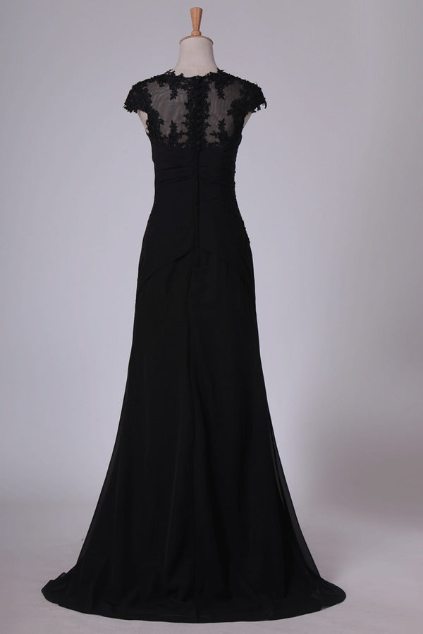 2020 Black Evening Dresses V Neck Mermaid With Applique Sweep Train P19G3F18
